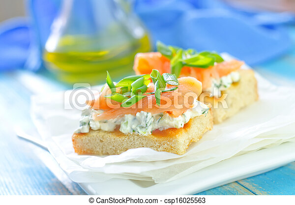 canape with salmon - csp16025563