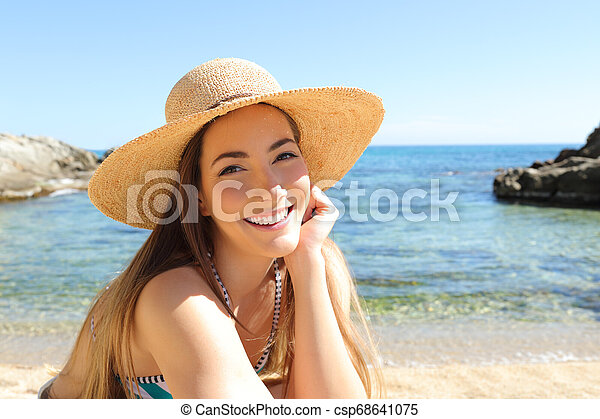 Candid-beach BeachJerk 4K