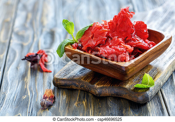 Candied Hibiscus Flowers In A Wooden Bowl Candied Hibiscus Flowers