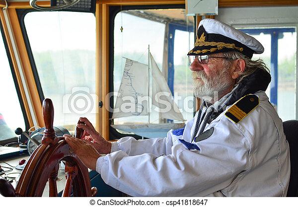 capitaine, navigation, cabine, expérimenté, vieux - csp41818647