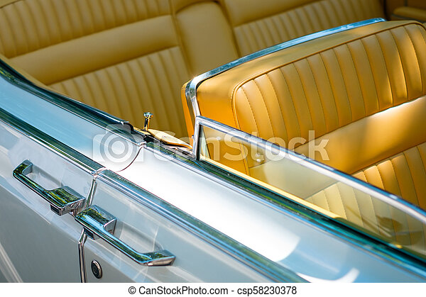 Car door handle detail of an beautiful vintage car /oldtimer - csp58230378