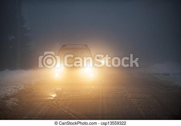 car, nevoeiro, dirigindo, faróis - csp13559322