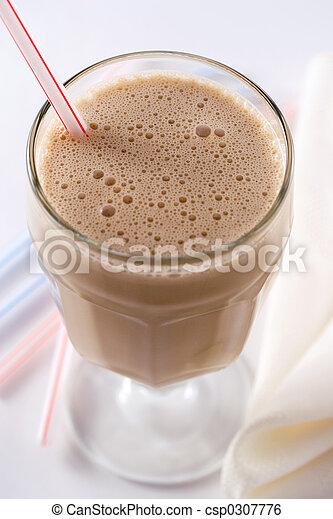 Caramel milkshake - csp0307776