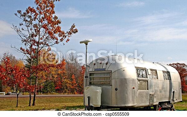 caravane, vieux - csp0555509