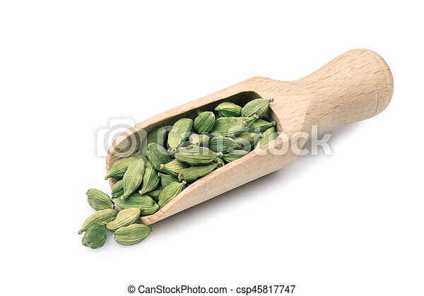 cardamom in wooden scoop - csp45817747