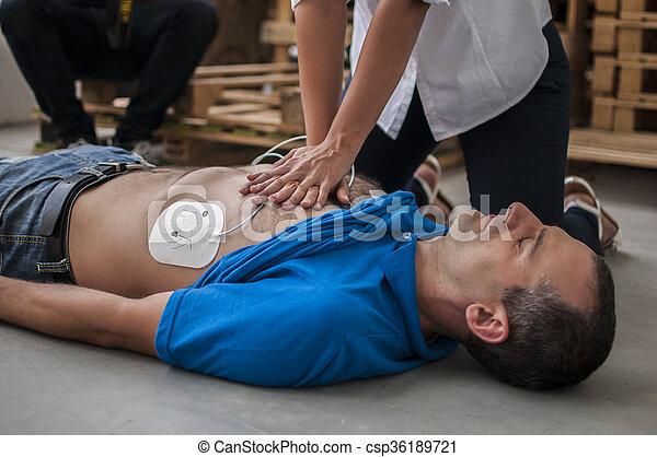 cardiac compression chest - csp36189721
