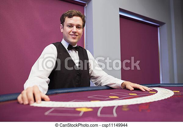 cards, улыбается, распространение, дилер, палуба - csp11149944
