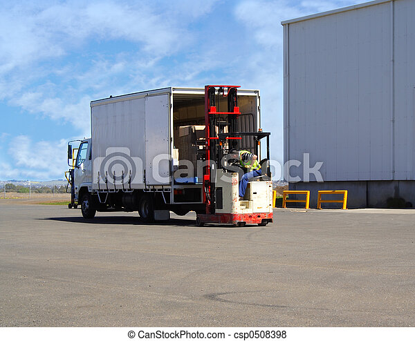Cargando camión - csp0508398