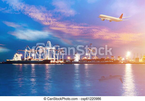 cargaison, dusk., récipient, fonctionnement, pont, chantier naval, bateau fret, grue - csp61220986