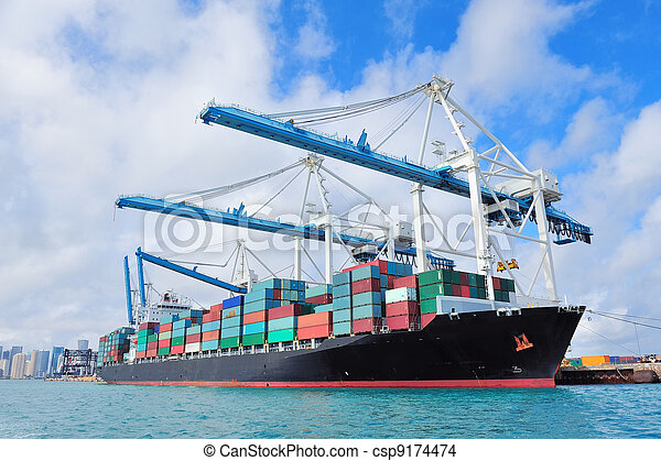 Cargo ship at Miami harbor - csp9174474