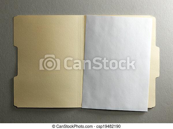 Una carpeta - csp19482190