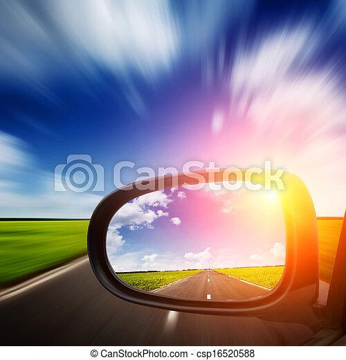 carro azul, céu, acima, espelho, estrada - csp16520588