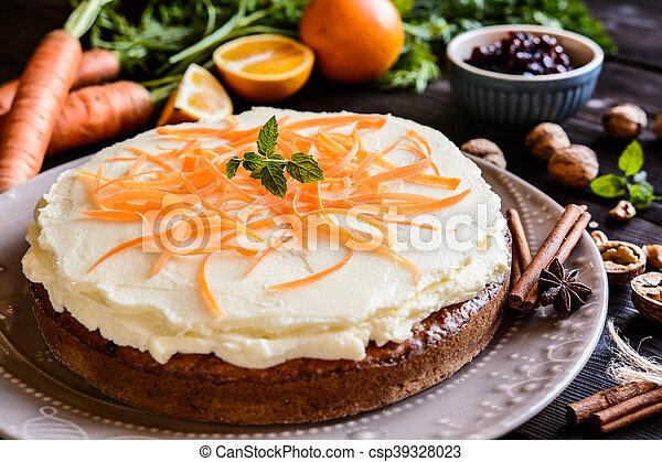 Carrot cake with mascarpone - csp39328023