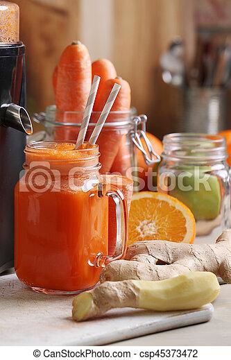 Carrot juice - csp45373472