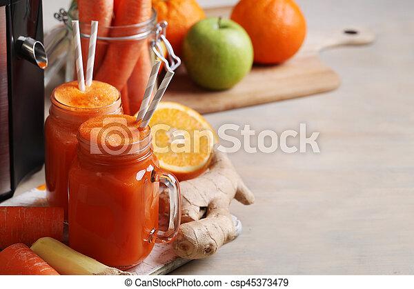 Carrot juice - csp45373479