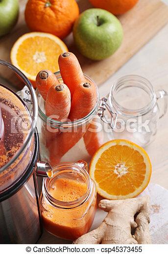 Carrot juice - csp45373455