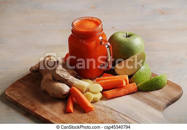 Carrot juice - csp45340794