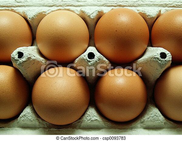 Cartón de huevo - csp0093783