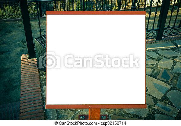 Un cartel en blanco - csp32152714