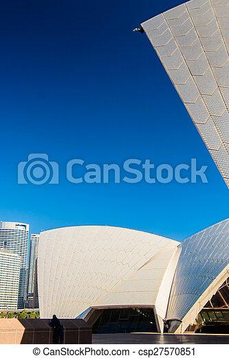 Cámara de vigilancia en la ópera Sydney - csp27570851