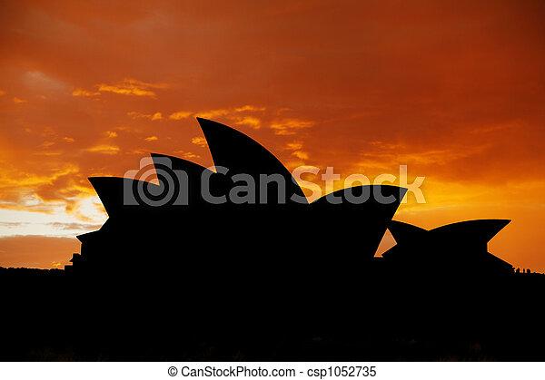 La ópera de Sydney - csp1052735