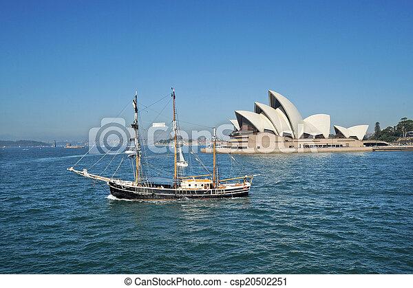 La ópera de Sydney - csp20502251