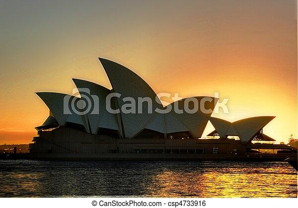 La ópera de Sydney - csp4733916