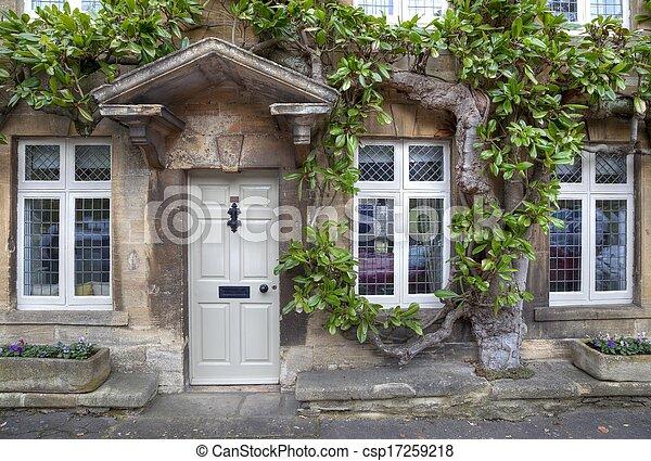 Casa georgiana Cotswold - csp17259218