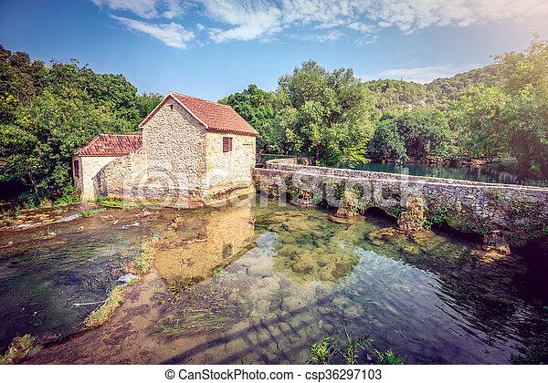 Casa Souvenir en el parque nacional de Krka - csp36297103