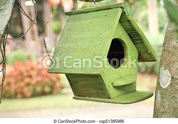 Casa de pájaros - csp51385986