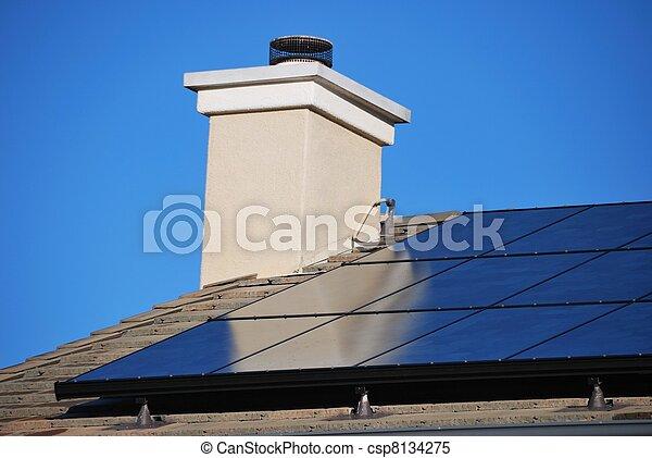 casa, painel solar - csp8134275