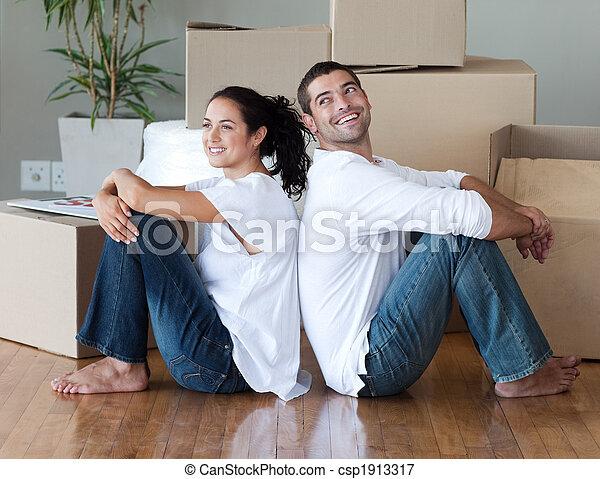 casa, pareja, mudanza, joven - csp1913317