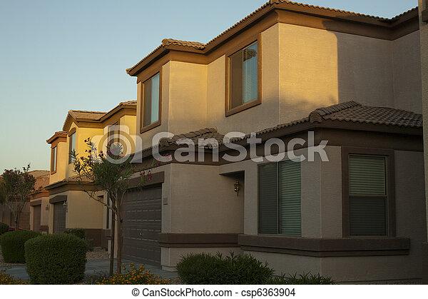 Casas en comunidad - csp6363904