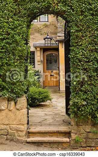 Viejas casas en el barrio Cotswold de Inglaterra - csp16339043