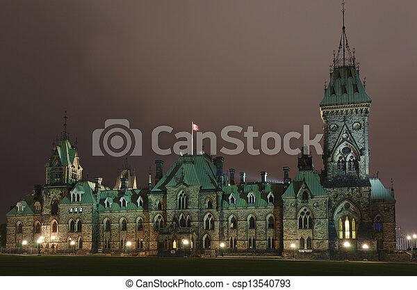 Casas del Parlamento - csp13540793