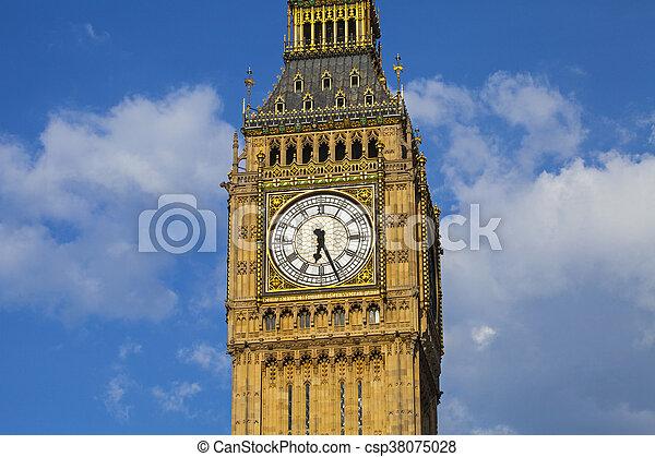 Casas del Parlamento en Londres - csp38075028