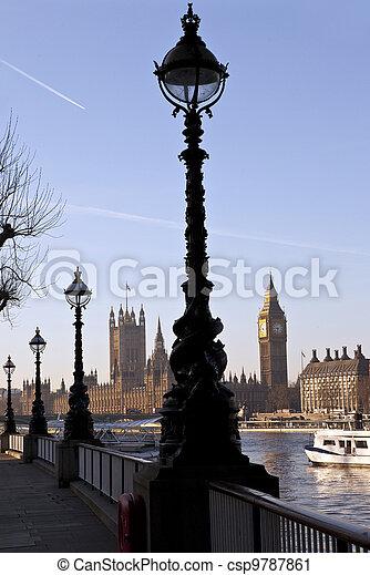 Casas del Parlamento - csp9787861
