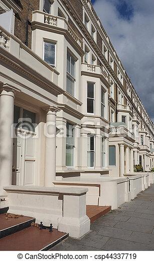 Casas En Londres Fila De Casas Con Terrazas En Londres