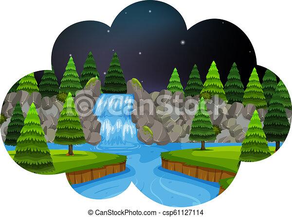 Una escena de cascada por la noche - csp61127114