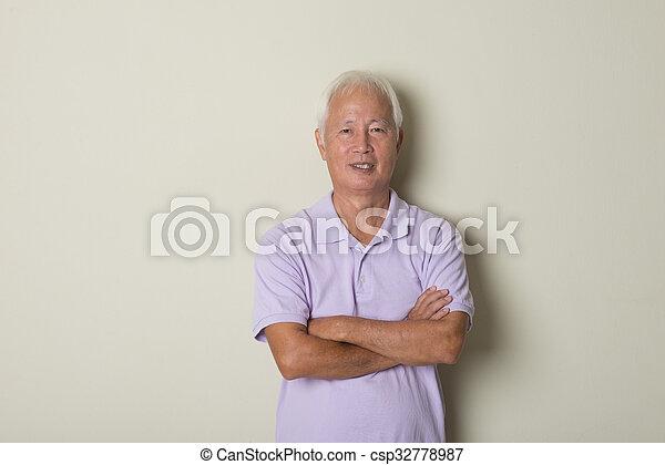 casual asian senior - csp32778987