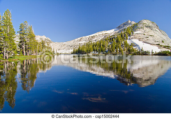 Cathedral Lake with Cathedral Peak in the background at Yosemite National Park - csp15002444