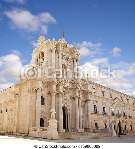 Cathedral, Siracusa - csp9068089