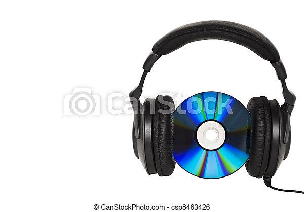 Auriculares con CD - concepto de música - csp8463426
