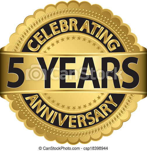 Celebrando el gol de 5 años de aniversario - csp18398944