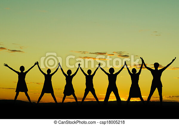 celebrar, mujeres felices - csp18005218