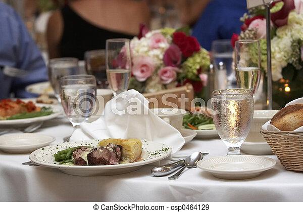 cena, boda - csp0464129