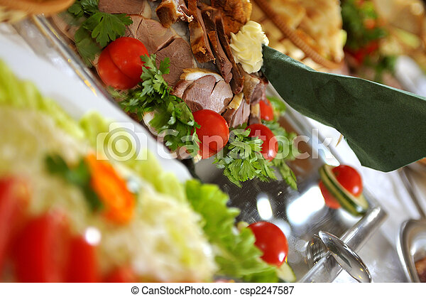 Cena en el restaurante - csp2247587