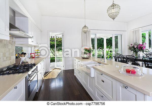 Cocina y comedor - csp7798756