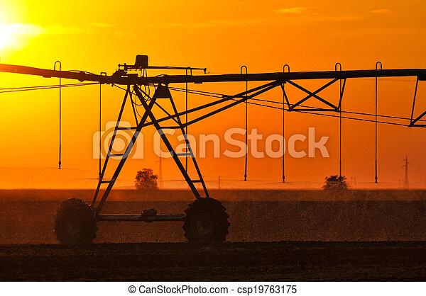 Center pivot irrigation system - csp19763175