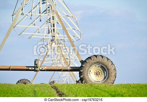 Center pivot irrigation system - csp19763216